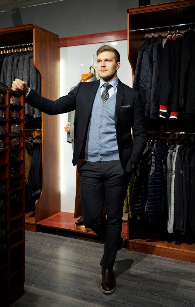 Kuinka pukeutua työhaastatteluun? – Vaatetusliike Aaron's Oy